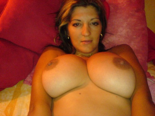 Pute à gros seins bien baisée